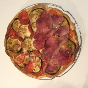 tarte aubergines tomates jambonc cru