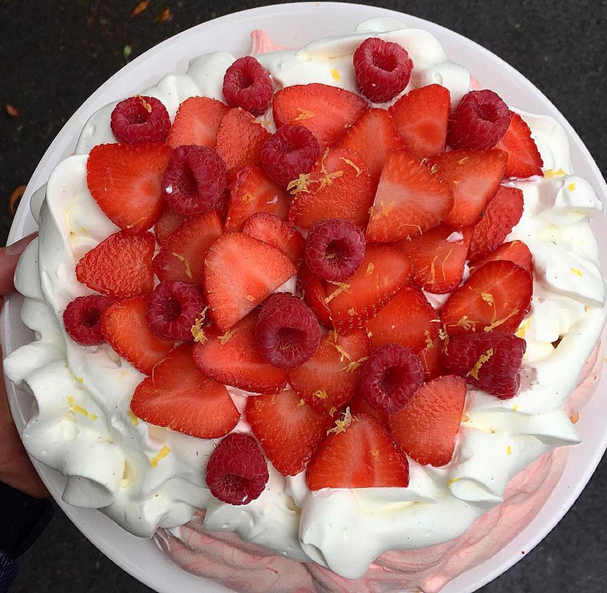Summer time : Pavlova ou un dessert fruité et léger